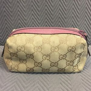 Gucci pink small cosmetic case